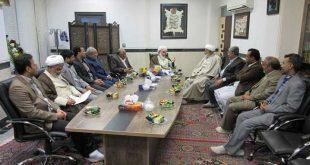 دیدار تعدادی از فرهنگیان و اساتید اهل سنت زاهدان با آیت الله سلیمانی